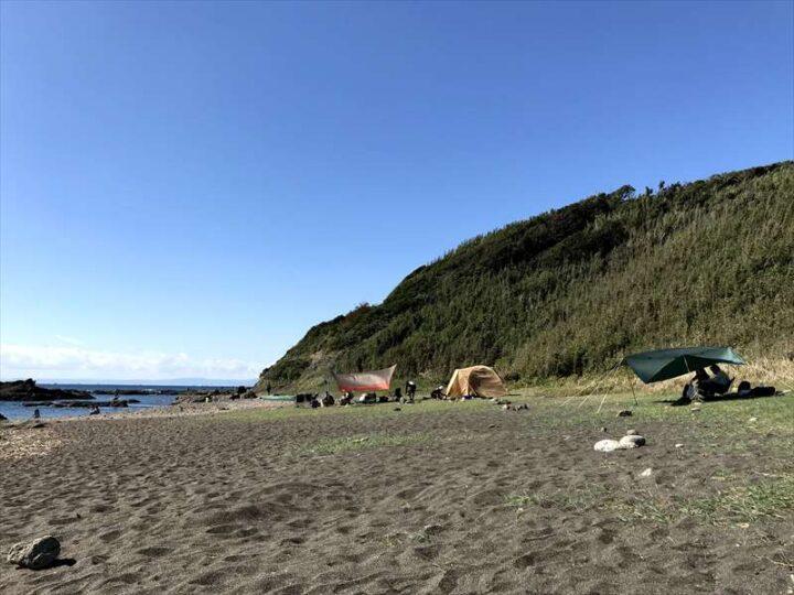 和田長浜海岸 キャンプ 奥の芝エリア