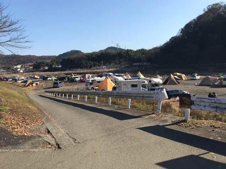 田代運動公園でキャンプ