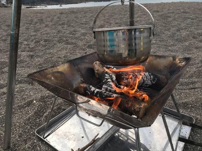 和田長浜海岸デイキャンプ鍋