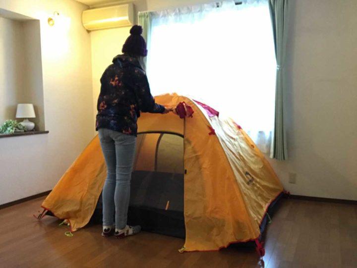部屋 キャンプ テント