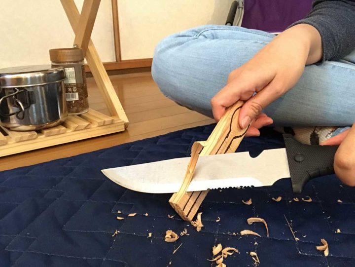 スプーン作り ナイフで削る