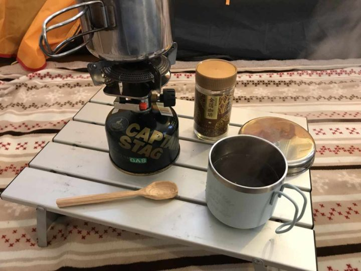 部屋キャンプ コーヒー