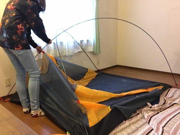 部屋キャンプ テント片付け