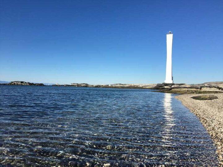 浜諸磯 キャンプ 綺麗な灯台と海