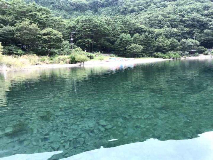 本栖湖いこいの森キャンプ場 青い湖