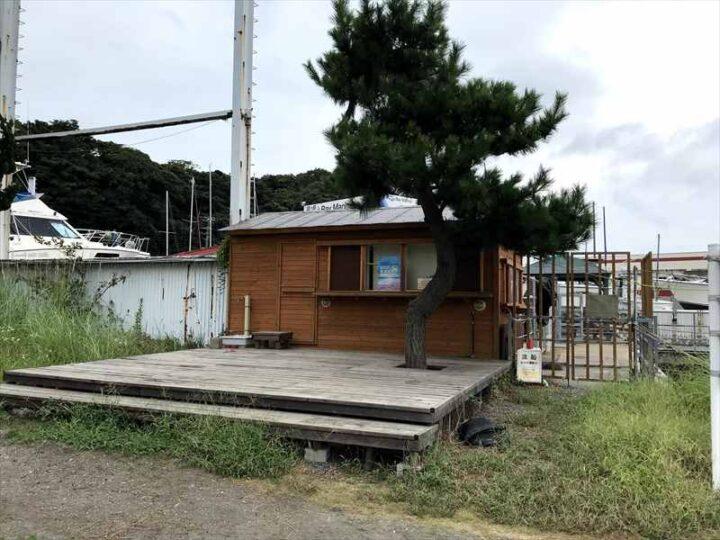 城ヶ島でバーベキュー 白秋碑苑ビーチサイド レンタル