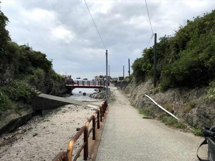 城ヶ島西側 バーベキューおすすめスポット 橋の方へ