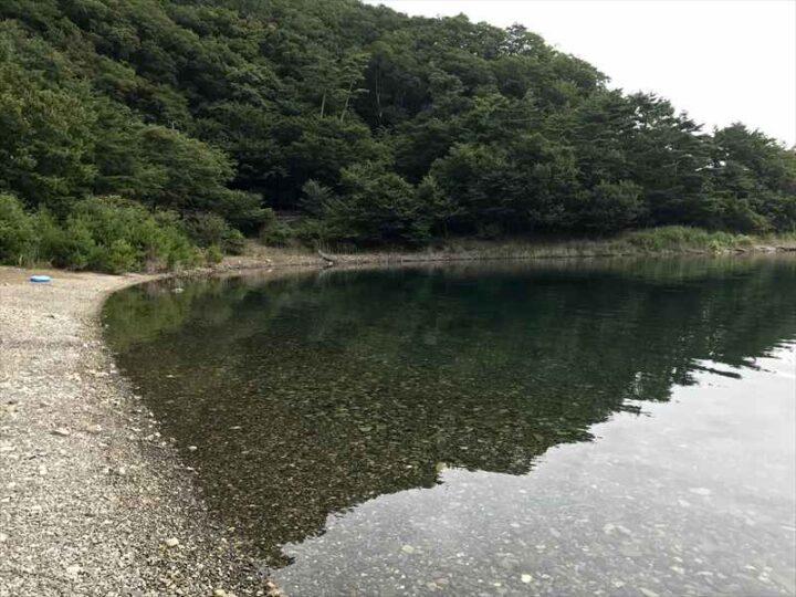本栖湖でサップ 朝の本栖湖