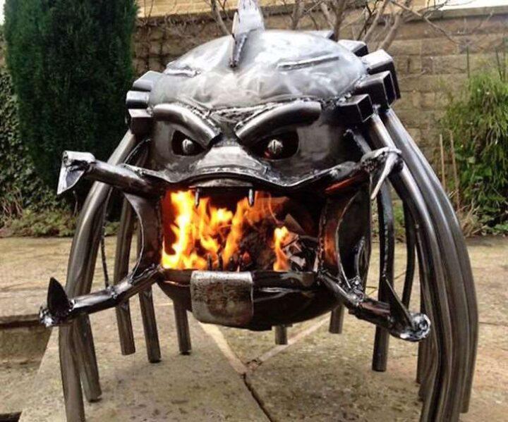 アメリカの焚き火台 プレデター