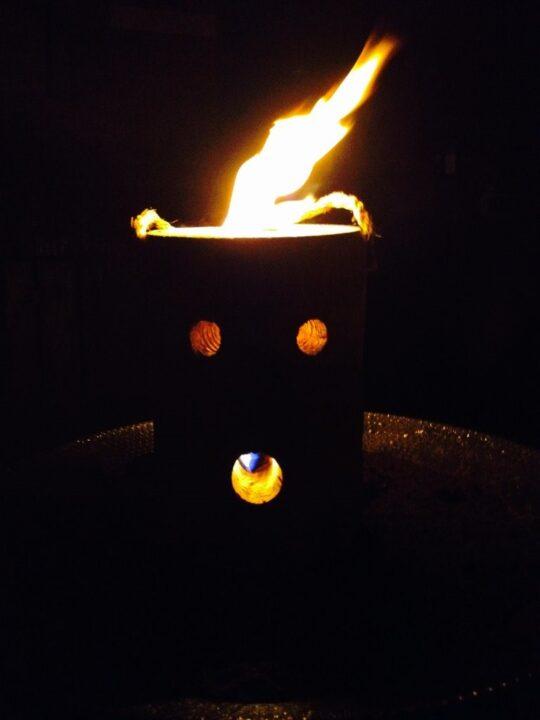 アメリカの焚き火台 ポータブル焚き火台 ハロウィン