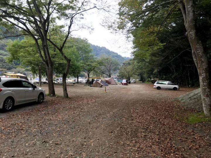 新戸キャンプ場 右奥のサイト