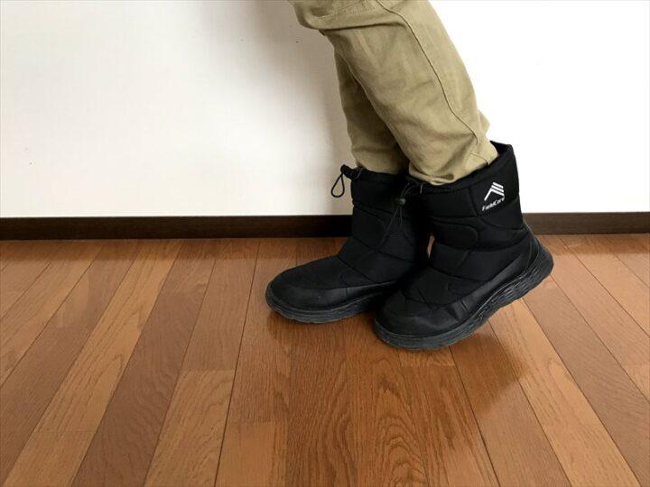 防寒ブーツ ケベック 履く