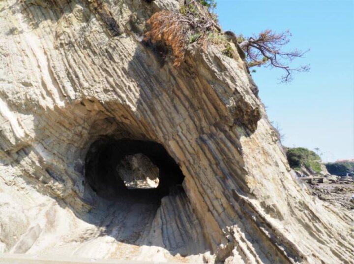 荒崎公園 穴