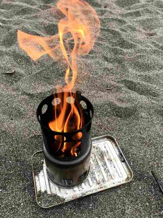 ソロストーブ類似品 沢山燃える2