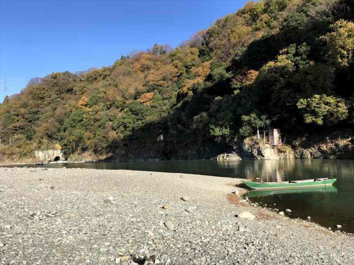 小倉橋 河川敷 キャンプ バーベキュー 紅葉