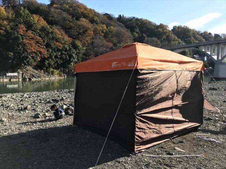 小倉橋 河川敷 キャンプ タープ