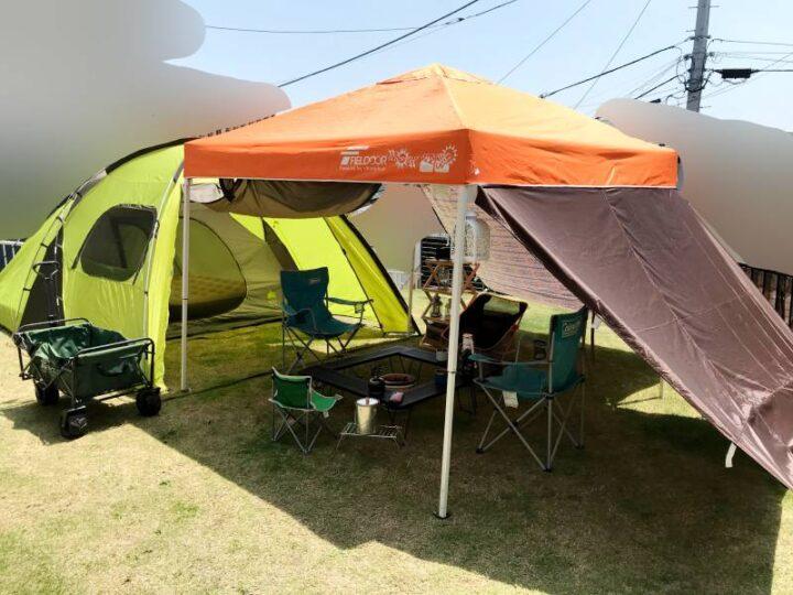 庭 キャンプ 目隠し テントとタープ