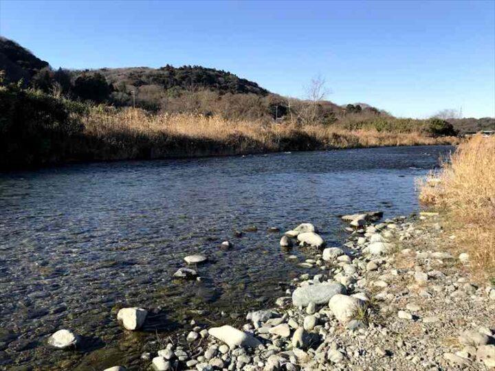 中津川八菅橋下 キャンプ 綺麗な川