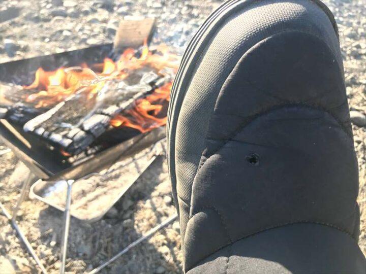 中津川八菅橋下 キャンプ 靴に穴があく