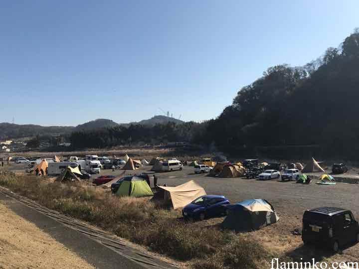 中津川河川敷 田代運動公園 キャンプ 眺め