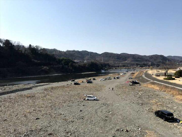 高田橋多目的広場 キャンプ 高田橋からの眺め