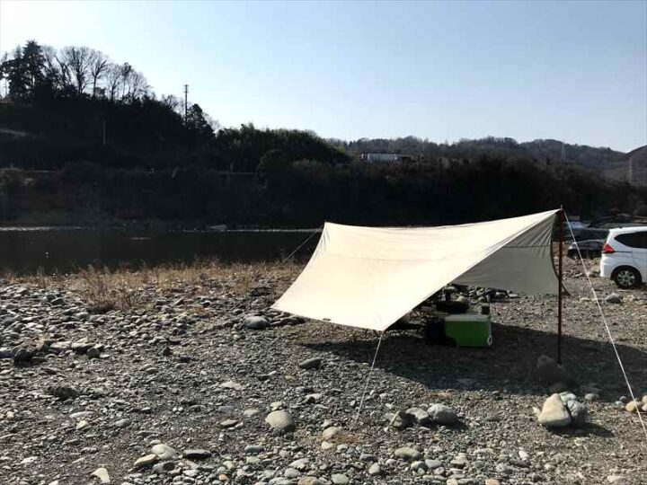 高田橋多目的広場 キャンプ タープ