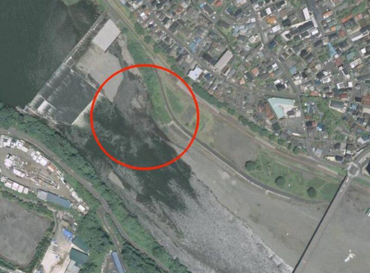 高田橋多目的広場 キャンプ 増水