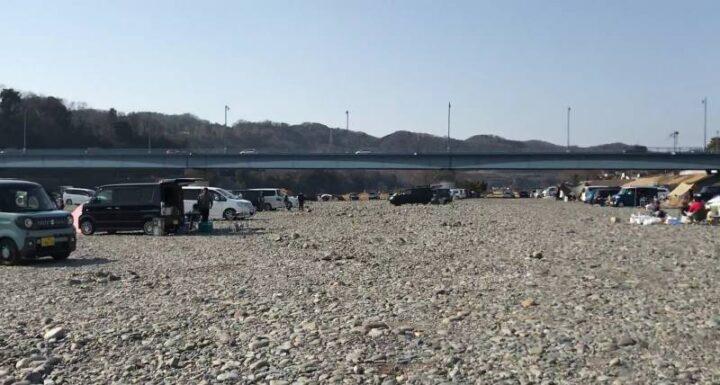 高田橋多目的広場 キャンプ 河川敷