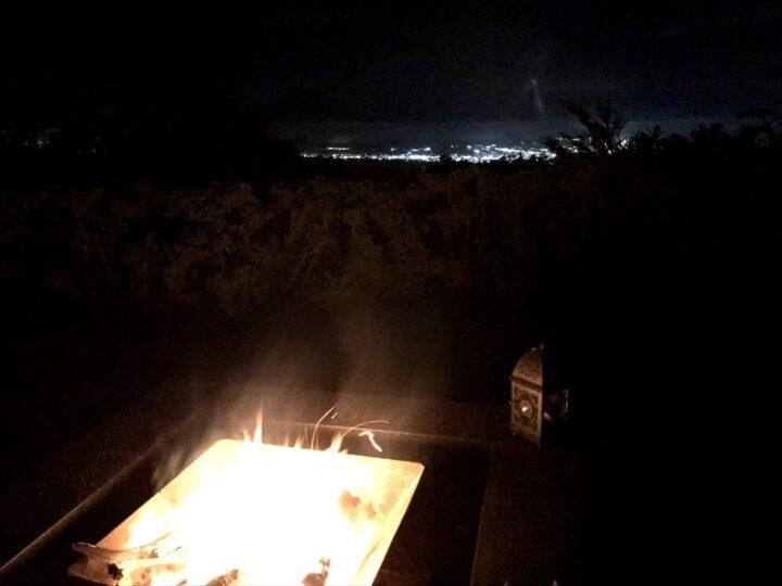だるま山高原キャンプ場焚き火と夜景