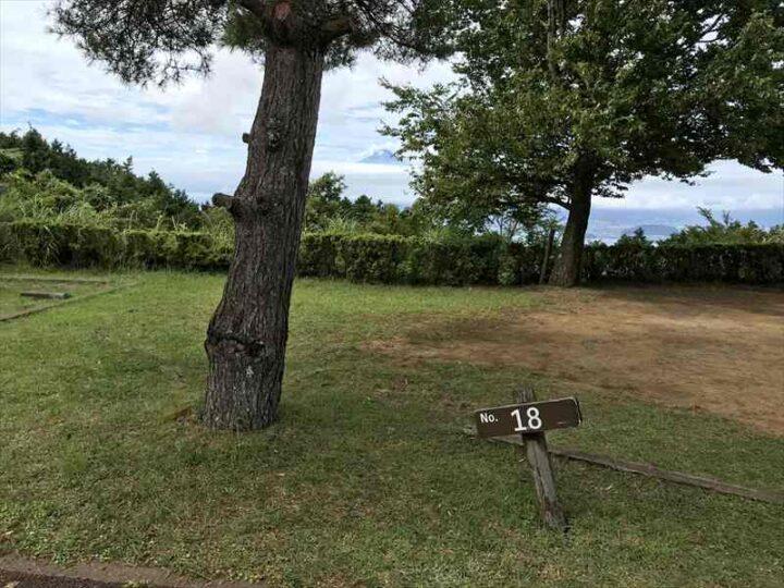 だるま山高原キャンプ場 18番サイト