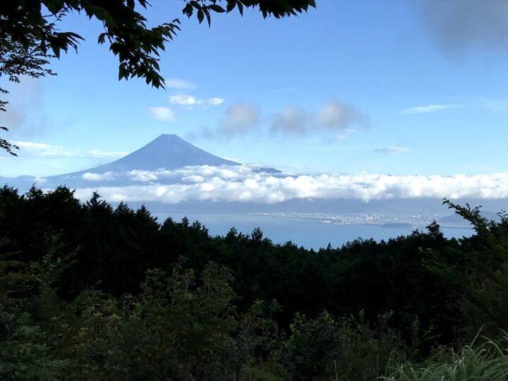 だるま山高原キャンプ場 朝の眺め