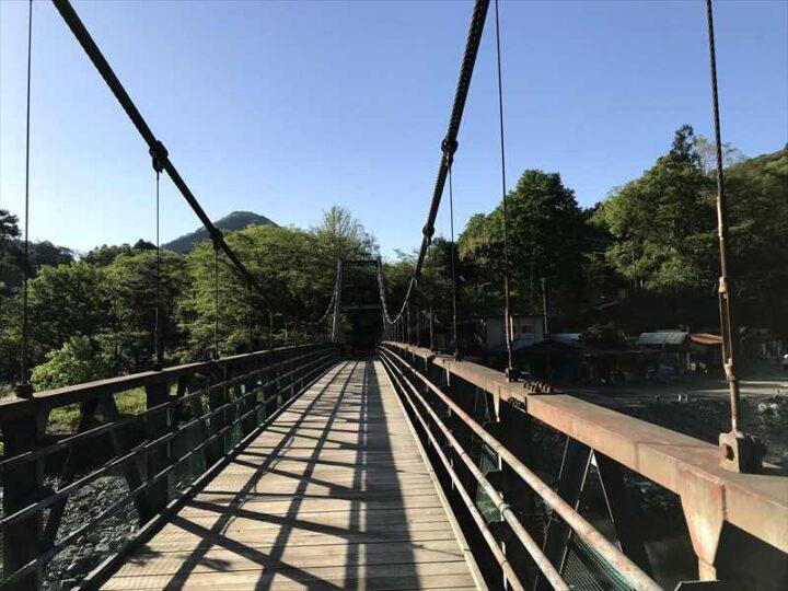 青野原野呂ロッジキャンプ場 つり橋