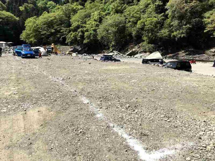 青野原野呂ロッジキャンプ場 テントサイト