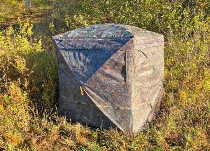 世界の面白いキャンプ道具 RHINO180-シースルーブラインド