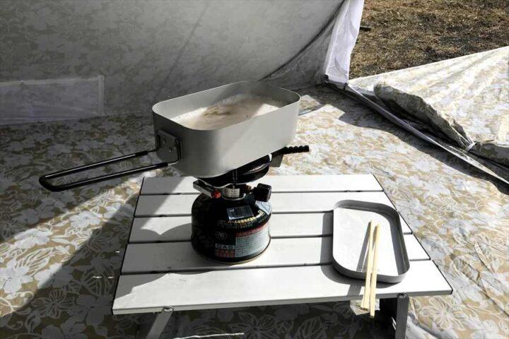 キャンプ バーベキュー以外の料理 メスティン 水漬けパスタ 茹でる