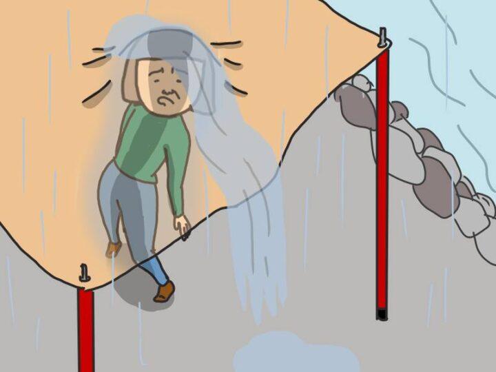 キャンプ 嫌なこと 雨の日タープが頭に突き刺さる